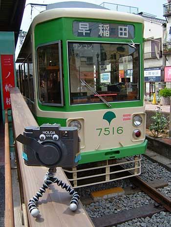 ちんちん電車とむにょ〜ん